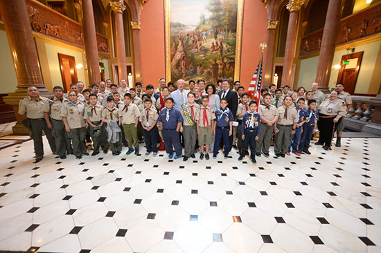 Burke Welcomes Iroquois Trails District Boy Scouts to Capitol