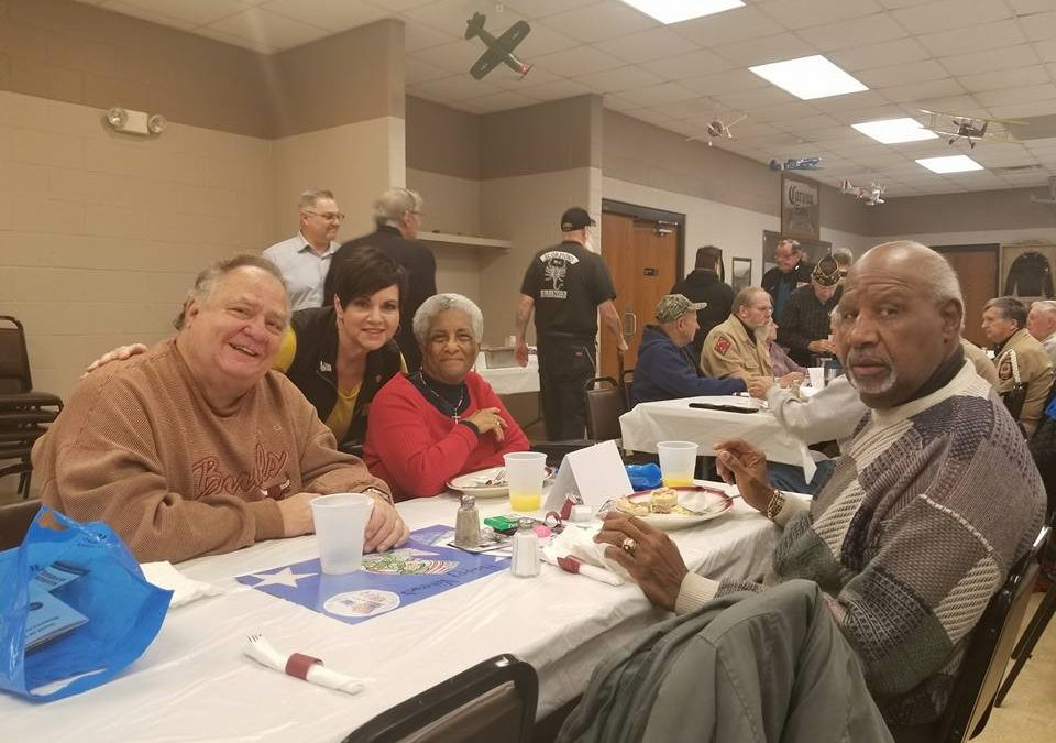 Manley Visits with Veterans at Honorary Breakfast