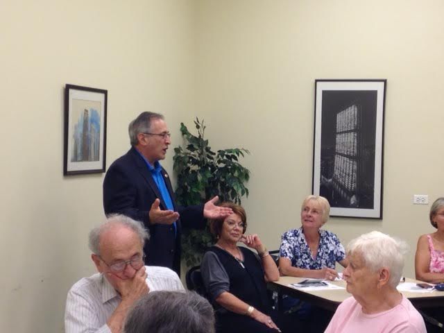 Moylan, Citizens Utility Board Hosts Utility Bill Clinic for Residents at Des Plaines Library