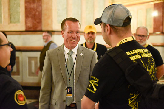 Reitz Welcomes Illinois State Rifle Association Members to Capitol
