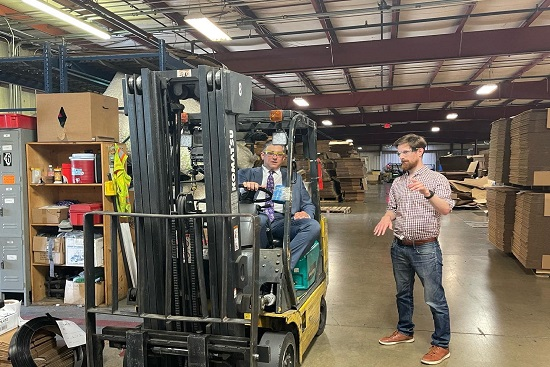 """Vella Kicks Off """"Dave-on-Duty"""" Business Tour, Visits Local Manufacturing Plant"""